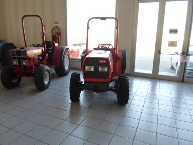 Tractor Goldoni 3050 STAR reacondicionado con neumáticos delanteros nuevos