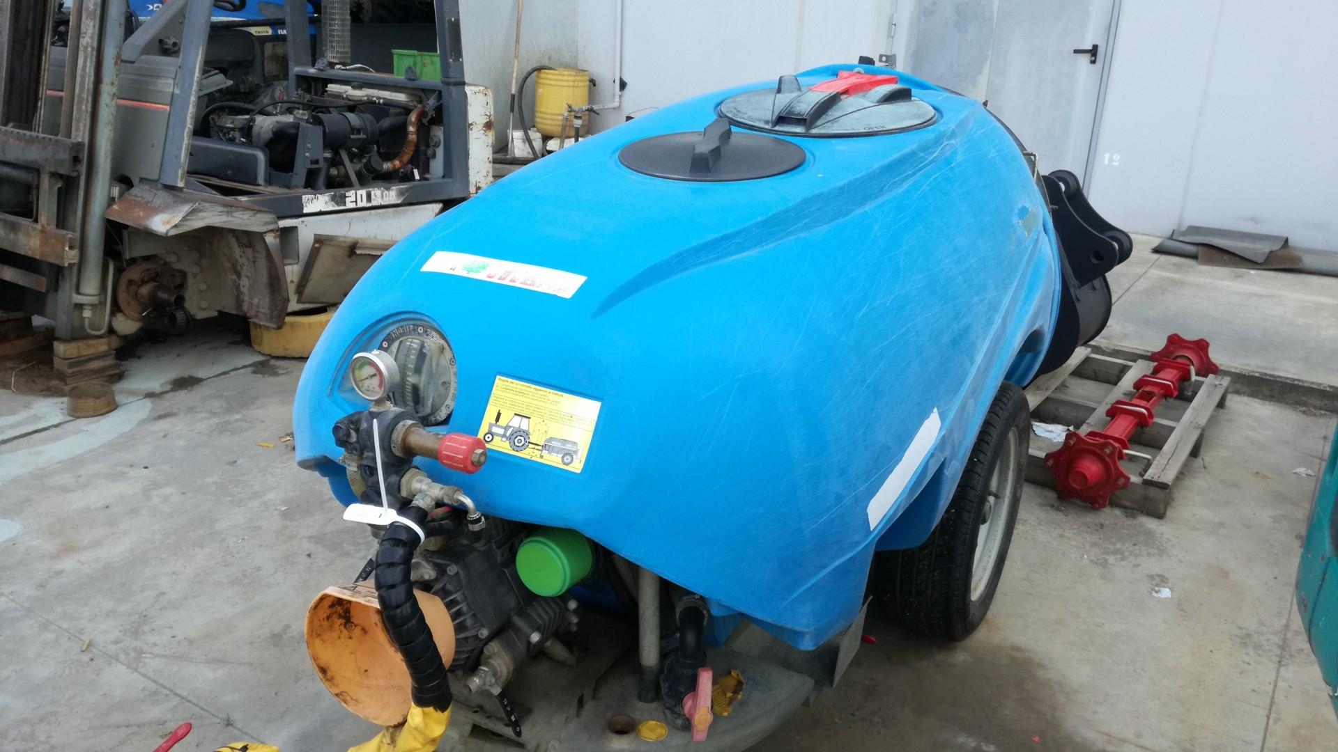 Atomizzatore usato tifone vento 1000 vista frontale