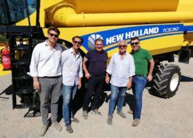 Immagine dell'articolo Consegna mietitrebbia New Holland a Masseria Fornara