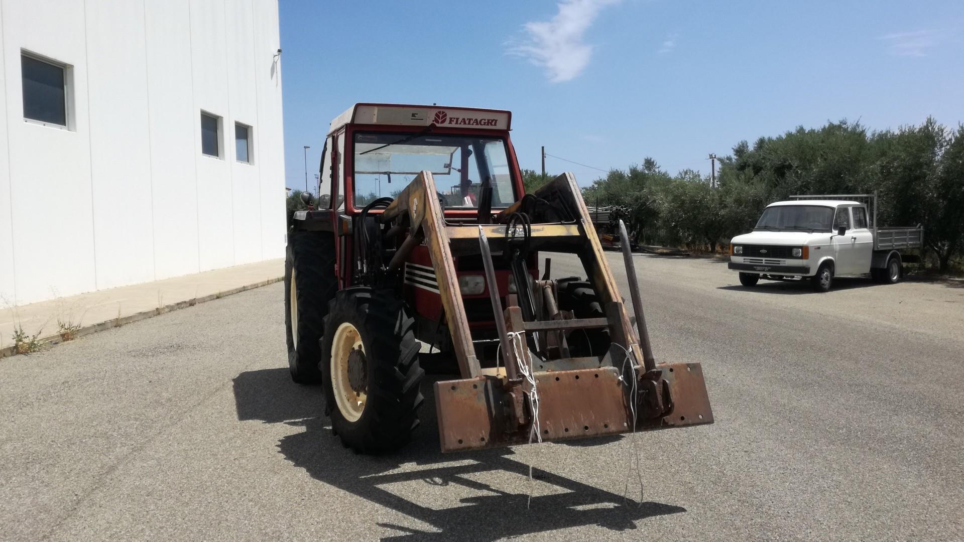 fiat trattori 8090 visto di fronte