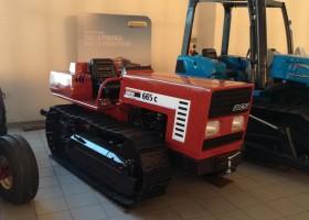 immagine del trattore cingolato usato fiat 665
