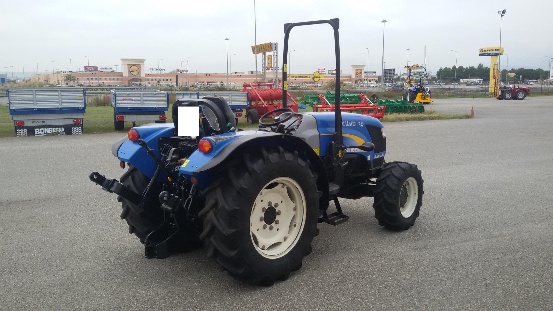 trattore usato new holland td 4040f profilo posteriore destro