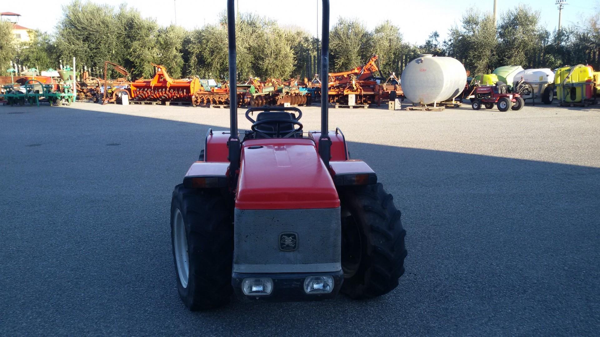 trattore usato antonio carraro tigrone 5400 vista frontale
