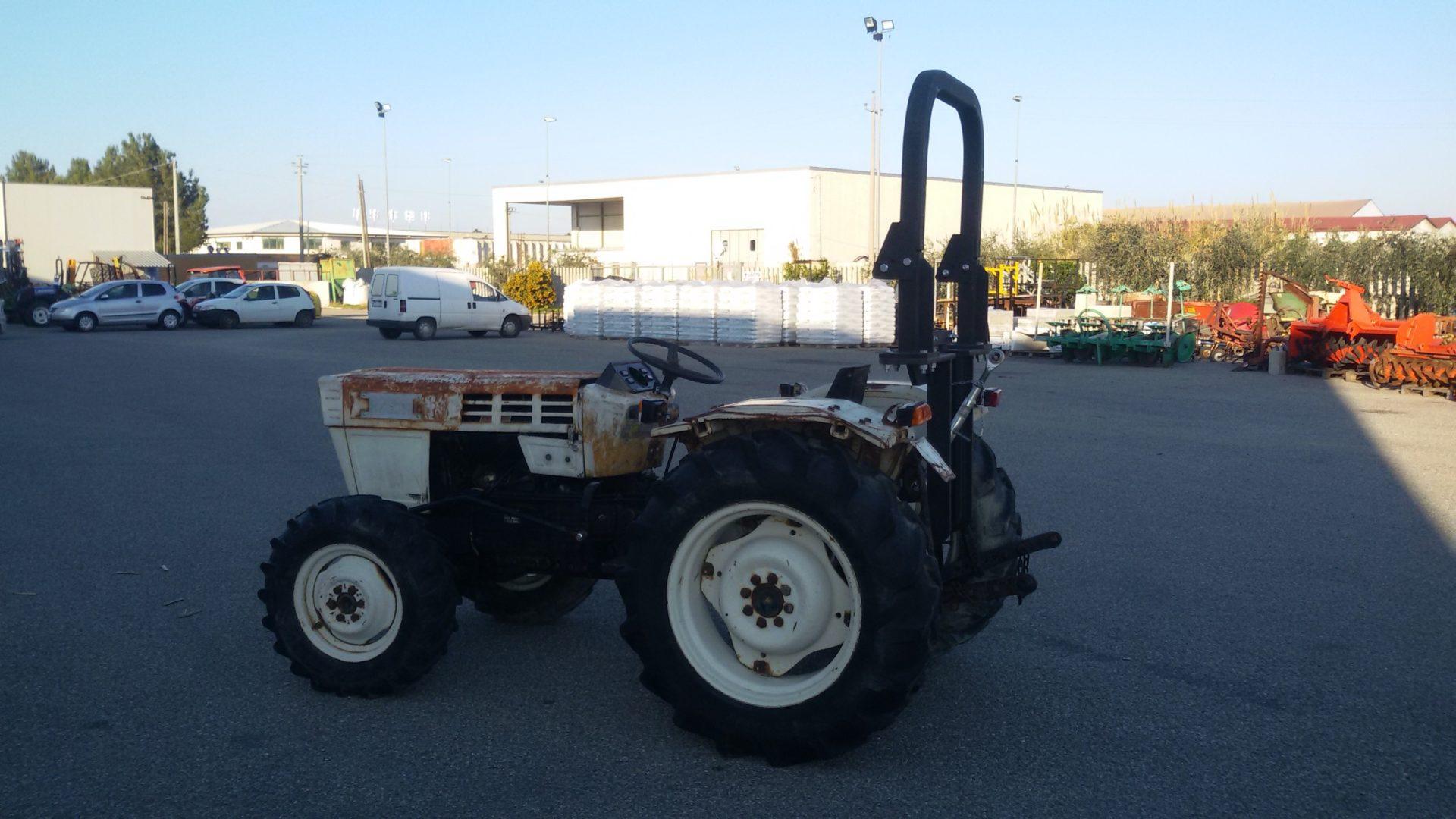 profilo destro trattore usato lamborghini r 235 dt