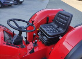 posto guida del trattore Antonio Carraro usato modello TGF 9400 turbo