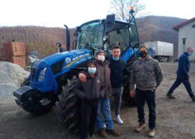 Immagine dell'articolo Consegna trattore New Holland a Eurolegno S.a.s.