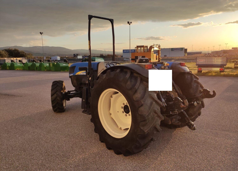 Trattore usato New Holland T4050 F provincia di Cosenza