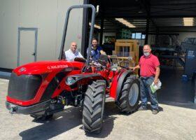 Immagine dell'articolo Consegna trattore Antonio Carraro ortofrutta Malagrinò